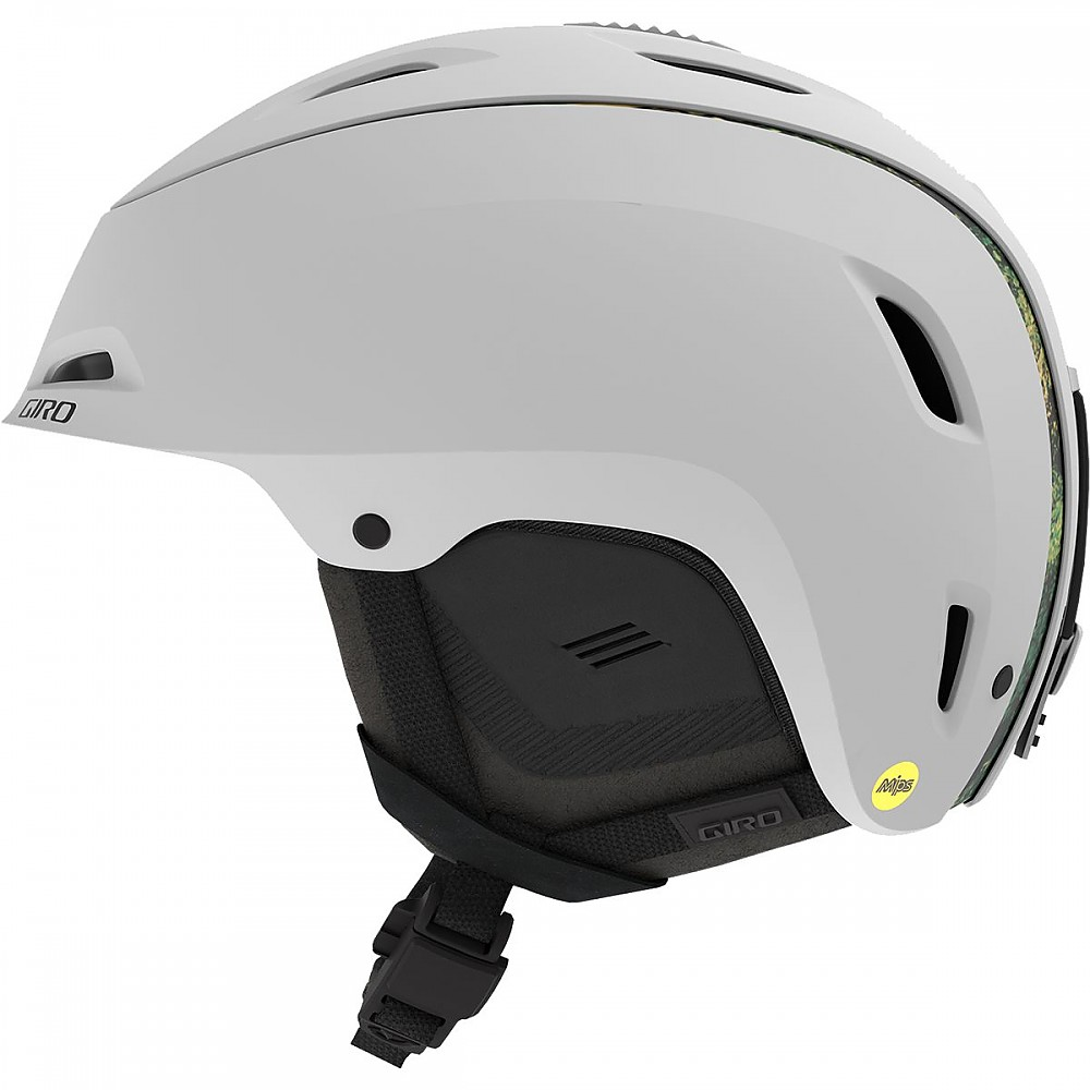 photo: Giro Range MIPS snowsport helmet