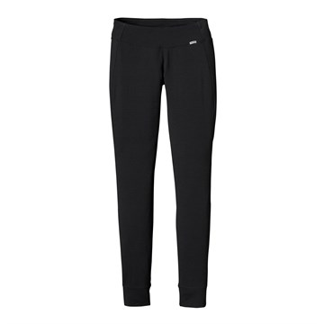 photo: Patagonia Women's Merino 3 Midweight Bottoms base layer bottom