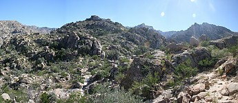 Granite-boulder-covered-area-of-the-Pusc