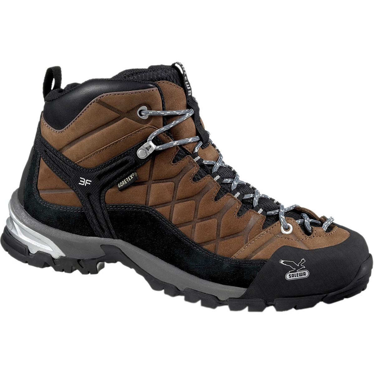 photo: Salewa Hike Trainer GTX trail shoe