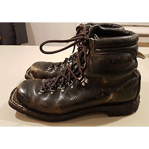 photo: Meindl Nordic 3-Pin Backcountry Leather Ski Boots telemark boot