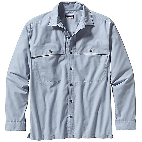 photo: Patagonia Long-Sleeved Island Hopper Shirt hiking shirt