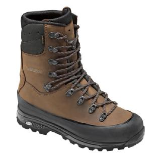 photo: Lowa Hunter GTX Extreme backpacking boot