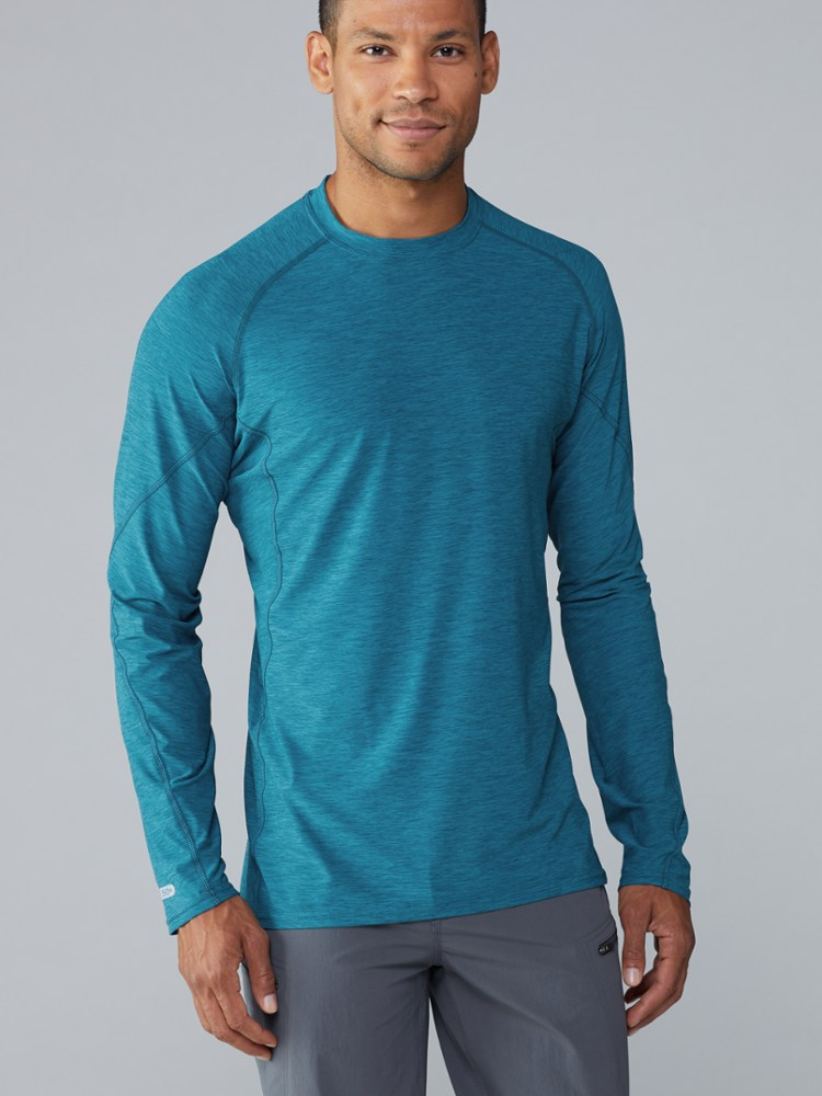 photo: NRS Men's H2Core Silkweight Long-Sleeve Shirt long sleeve paddling shirt