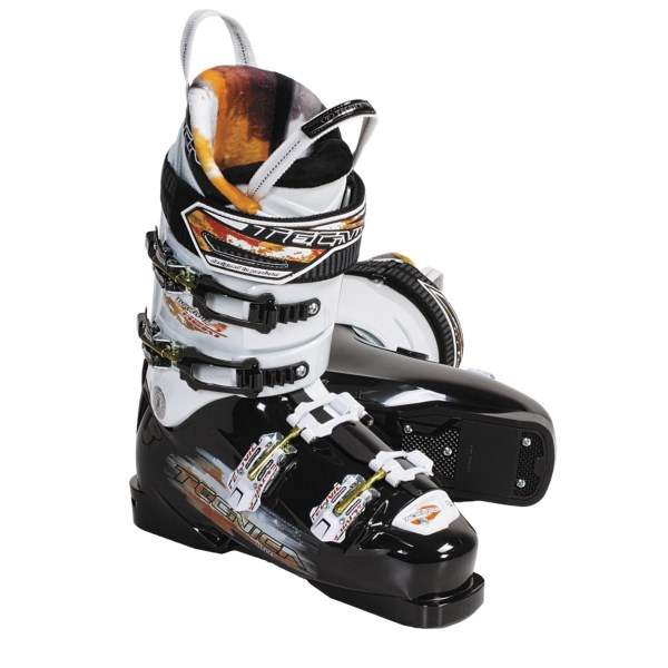 photo: Tecnica Inferno Heat alpine touring boot