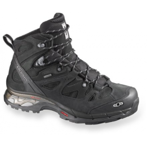 photo: Salomon Comet 3D GTX hiking boot