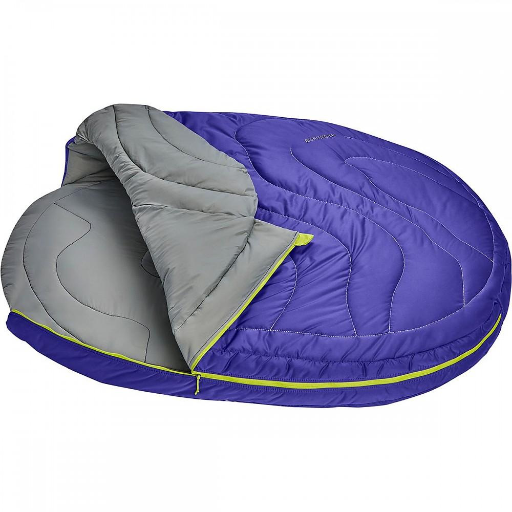 photo: Ruffwear Highlands Sleeping Bag dog bed/shelter