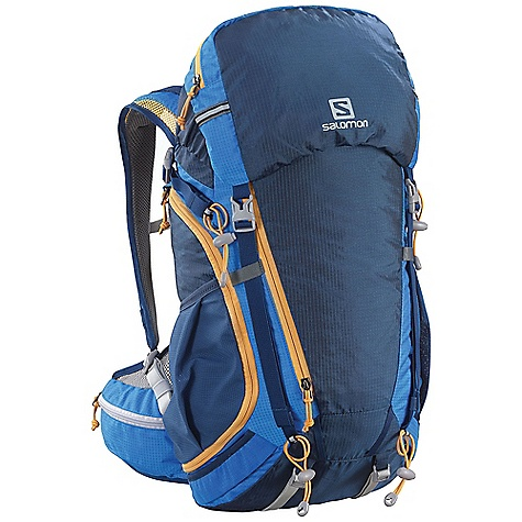 photo: Salomon Sky 30 daypack (under 2,000 cu in)