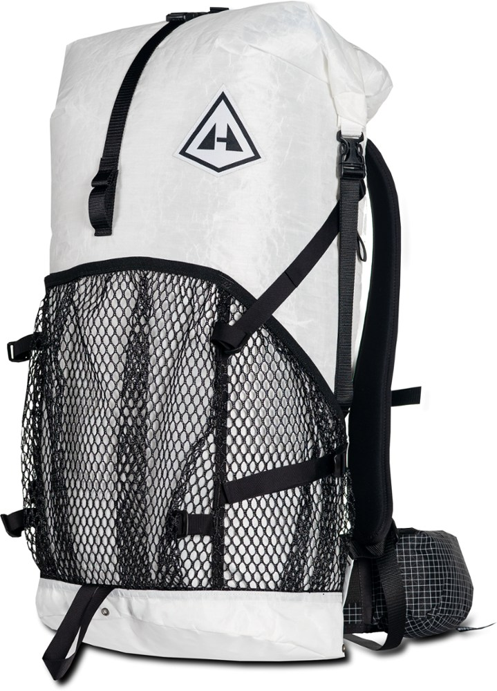 Hyperlite Mountain Gear 2400 Windrider