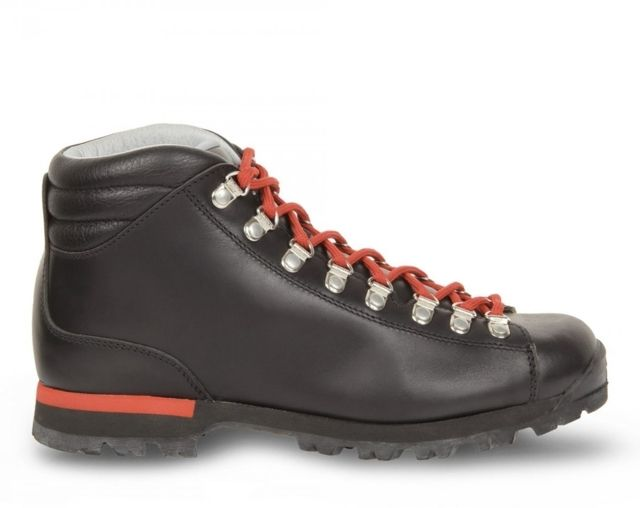 photo: Scarpa Primitive backpacking boot