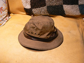 I have had my hat for about a decade and I have loved it. That is a long  time but I have only used it for about ten days every year for ... b944ca33f65