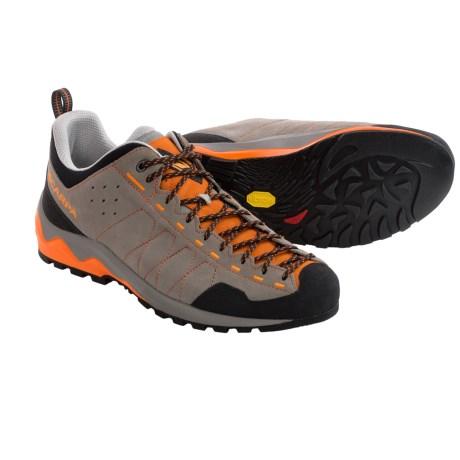 photo: Scarpa Vitamin approach shoe