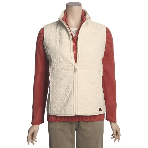 photo: Woolrich Pepper Pikes Quilted synthetic insulated vest