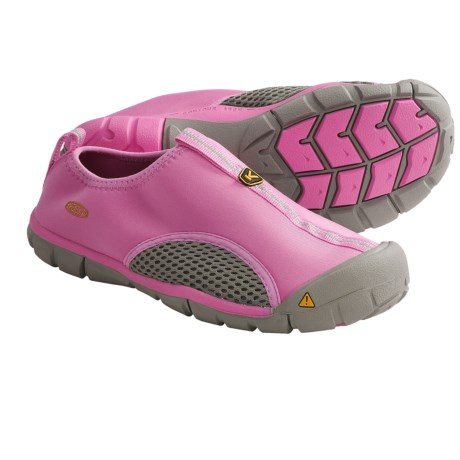 photo: Keen Rockbrook CNX water shoe