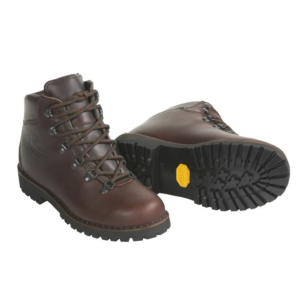 photo: Alico Women's Tahoe backpacking boot