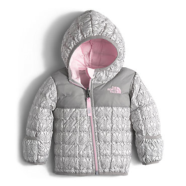 photo: The North Face Kids' Thermoball Hoodie synthetic insulated jacket