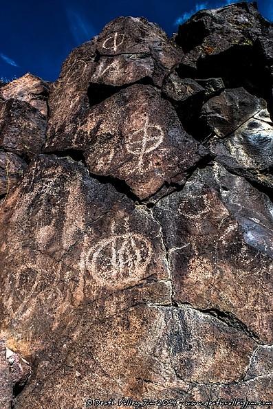 Art-08-Petroglyphs.jpg
