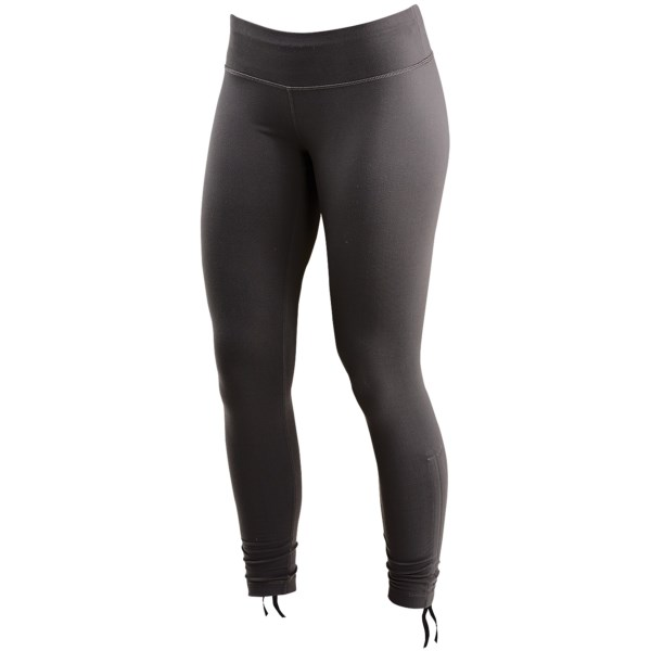 photo: Merrell Leelani Cinch Legging performance pant/tight