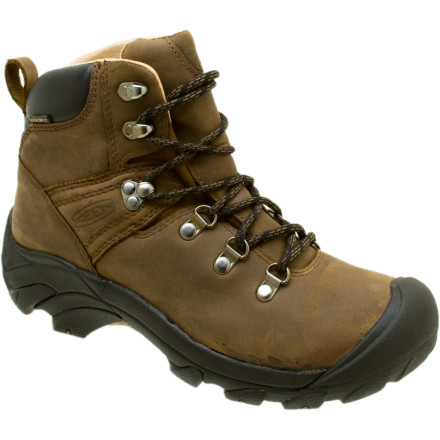 photo: Keen Women's Pyrenees hiking boot