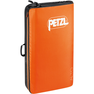 photo: Petzl Alto Crash Pad climbing product
