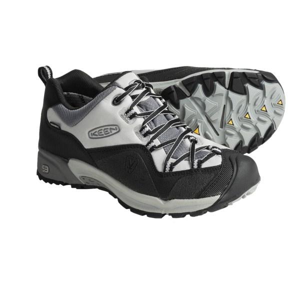 photo: Keen Milo II trail shoe