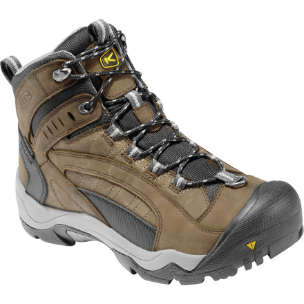 photo: Keen Men's Revel Boots winter boot