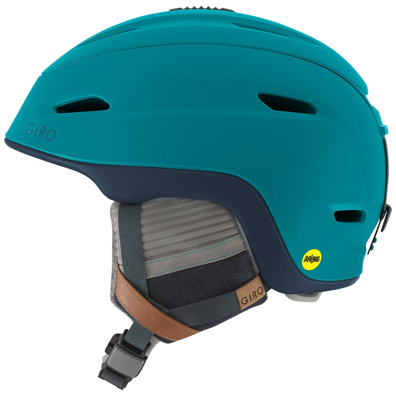 photo: Giro Strata MIPS snowsport helmet