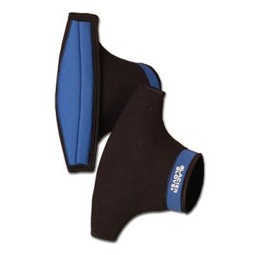 photo of a Glacier Glove paddling glove