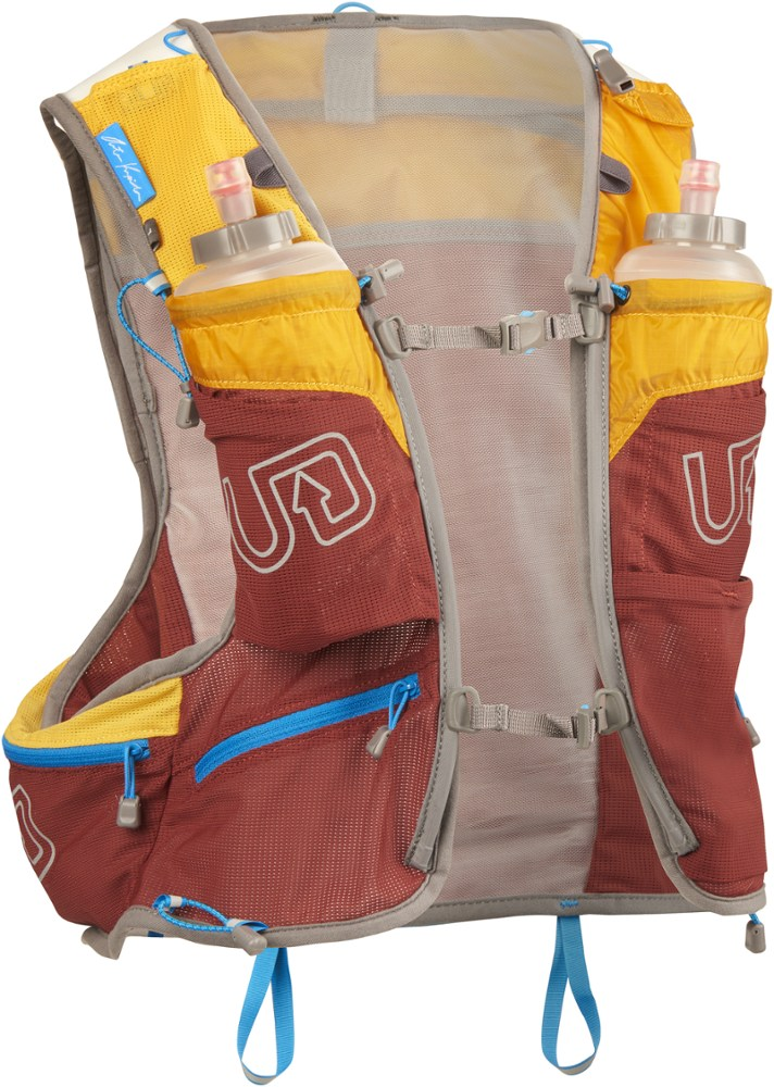 Ultimate Direction AK Mountain Vest 3.0