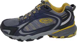 photo: Oboz Women's Hardscrabble trail shoe