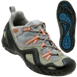 photo: Lowa AL-X 22 Lo Mesh trail shoe