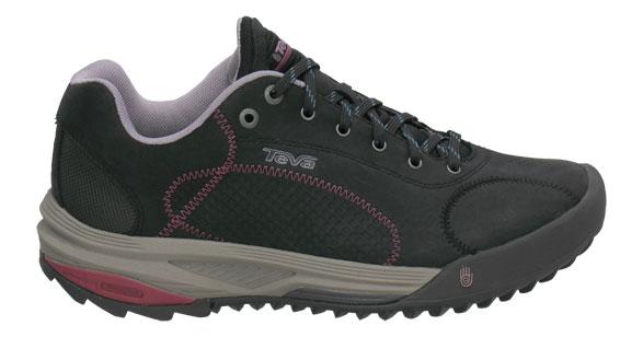 photo: Teva Women's Fire trail shoe