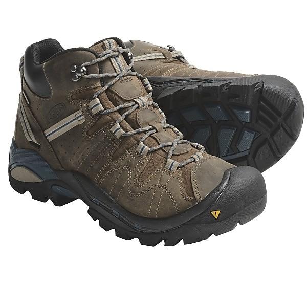 photo: Keen Klamath Mid hiking boot
