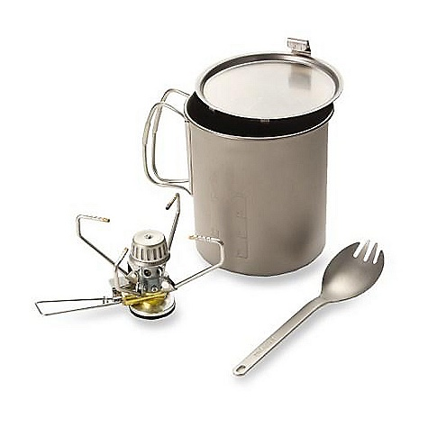 photo: Snow Peak Starter Kit compressed fuel canister stove