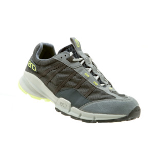 photo: END Footwear Stumptown 10 oz trail running shoe