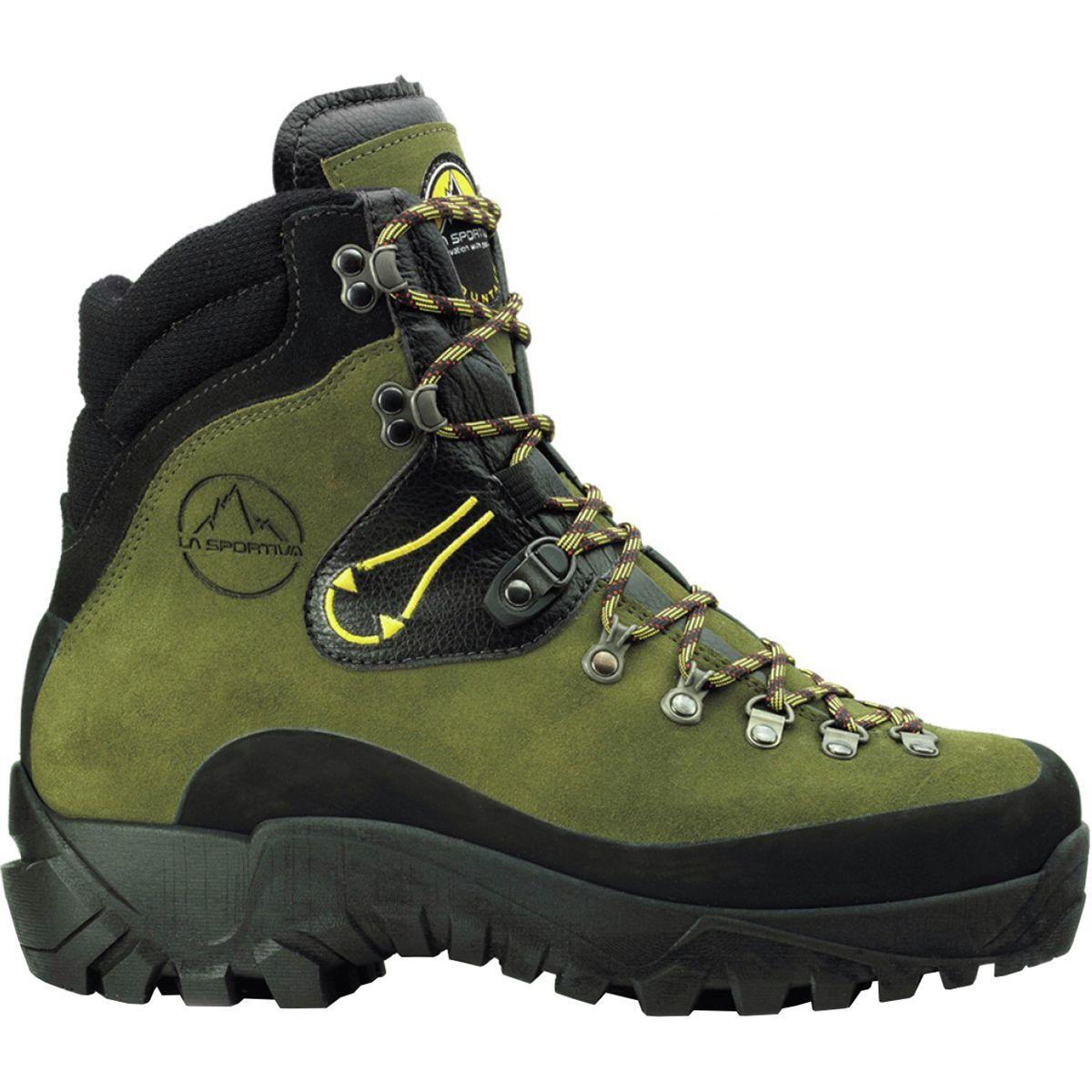photo: La Sportiva Karakorum mountaineering boot