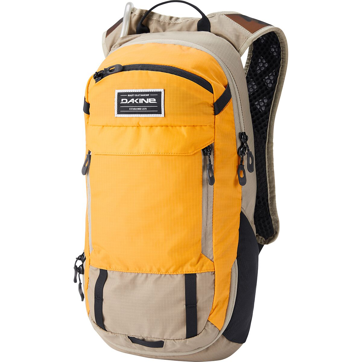 photo: DaKine Syncline 12L Hydration Pack hydration pack