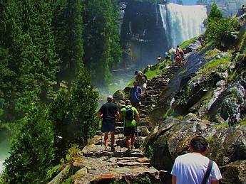 Vernal-Falls-Mist-Trail-.jpg