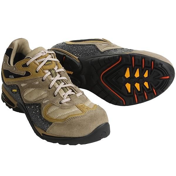 photo: Asolo Contour XCR trail shoe