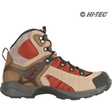 photo: Hi-Tec Sierra V-Lite hiking boot