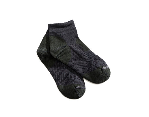 photo: Danner Hiker Mid Weight Quarter Crew Socks hiking/backpacking sock