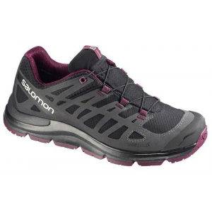 photo: Salomon Women's Synapse CS WP trail shoe