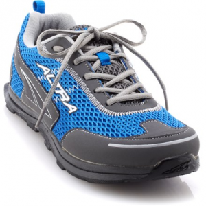 photo: Altra Instinct Jr. 1.5 running footwear