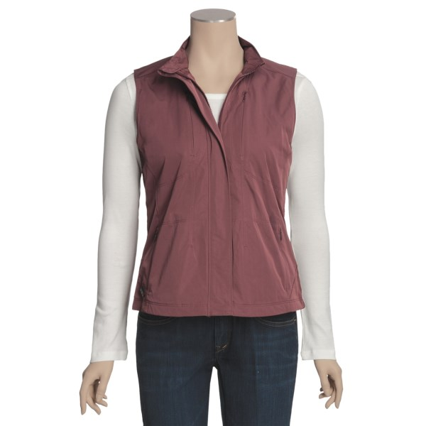 photo: Royal Robbins Weekender fleece vest