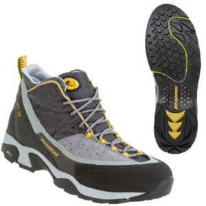 photo: Montrail CTC Mid XCR approach shoe