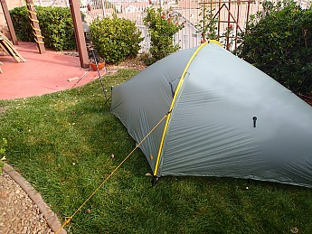 The Tarptent Moment DW solo tent is in a sense the Hilleberg Akto on steroids. It does derive its basic design from the Akto but has refined the shape and ... & Tarptent Moment DW Reviews - Trailspace.com