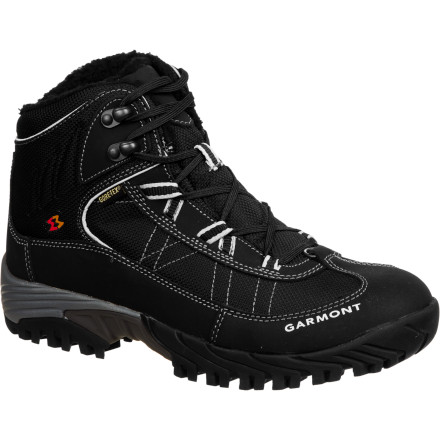 photo: Garmont Momentum Mid GTX winter boot