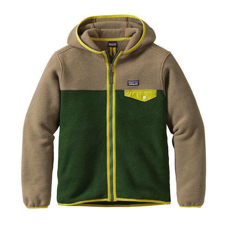 photo: Patagonia Boys' Lightweight Synchilla Snap-T Hoody fleece jacket