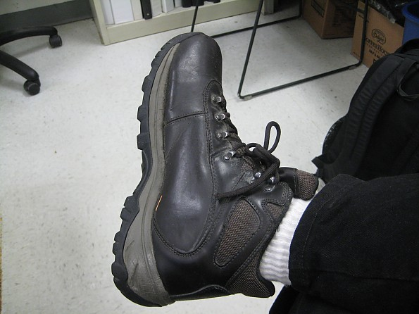 hiking-shoe.jpg