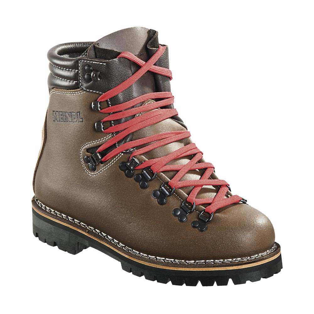 photo: Meindl Super Perfekt backpacking boot
